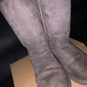 Long, gray uggs with bows